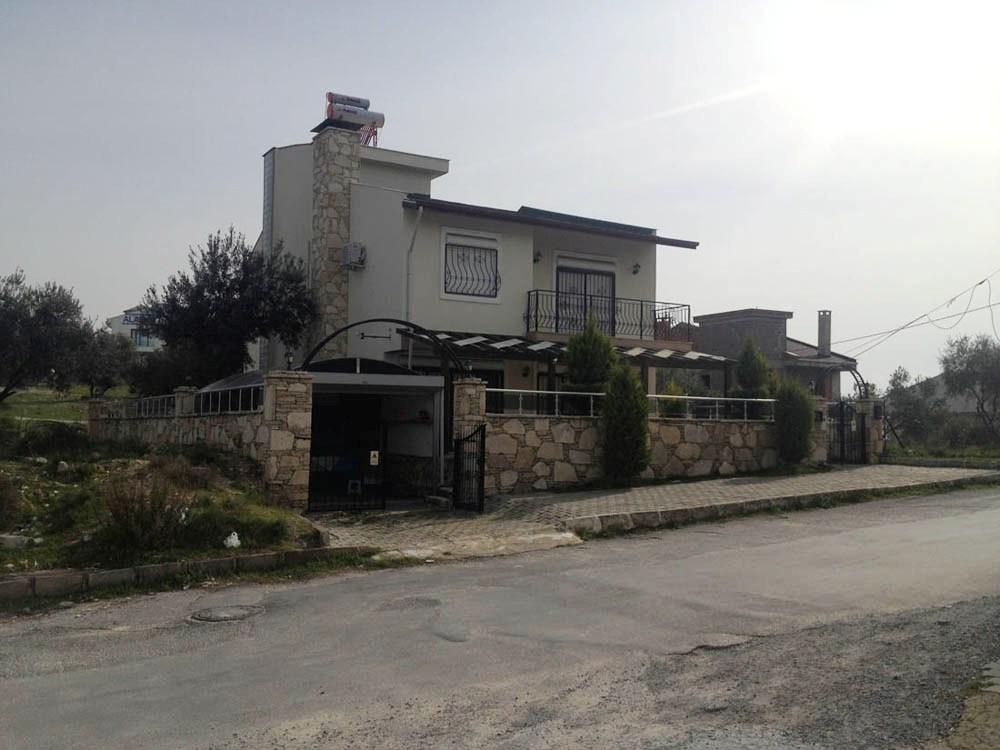 Kusadasi – 330 m 6 B/R Villa