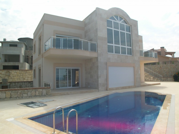 Kusadasi – 5+1 Luxury Villa